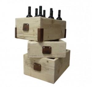 3 malles en bois d'usine