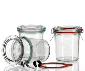 Les authentiques bocaux de conserve en verre taille moyenne