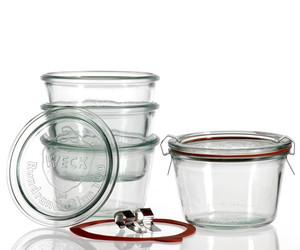 Les authentiques bocaux de conserve en verre de grande taille et fins