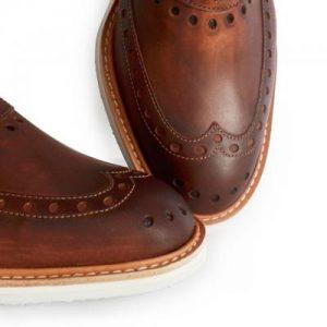 La décoration - Les chaussures en cuir fabriquées en France – Jacques et Déméter