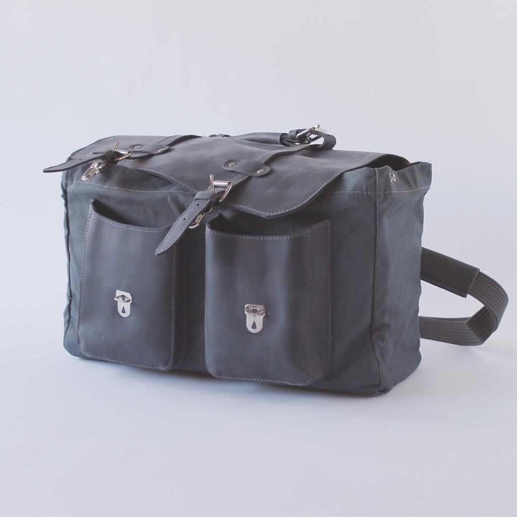 Le sac en toile de camionnette Peugeot 403)