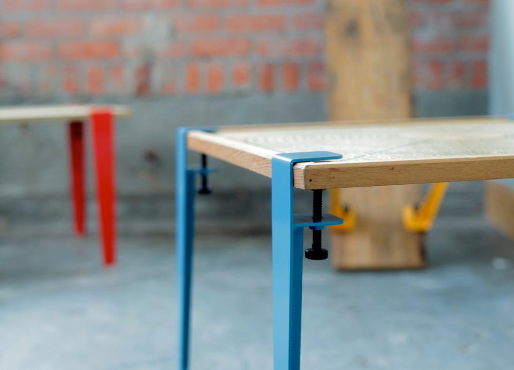 Les pieds de table en métal - The Floyd Leg