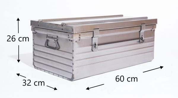 Dimensions malle métallique 60x32x26cm