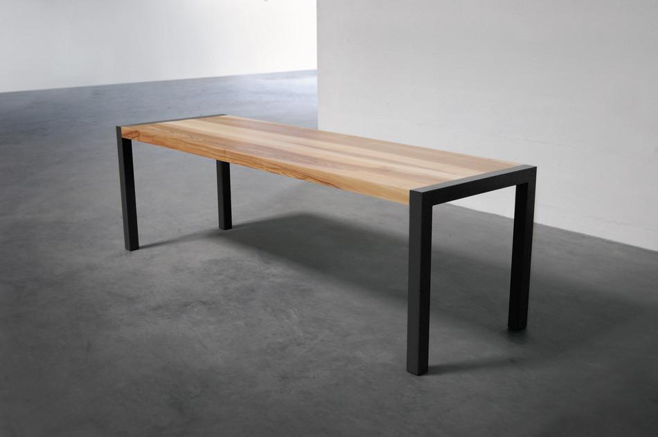 Table en bois et métal constante armeta