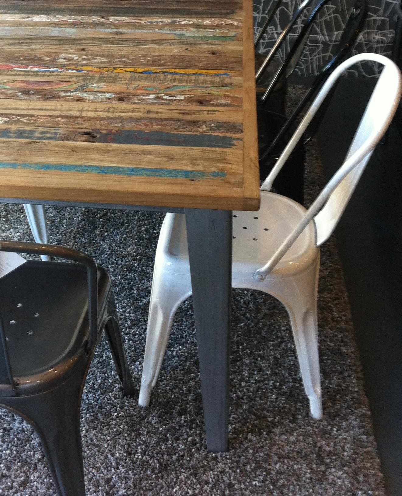 La chaise en métal – Tolix