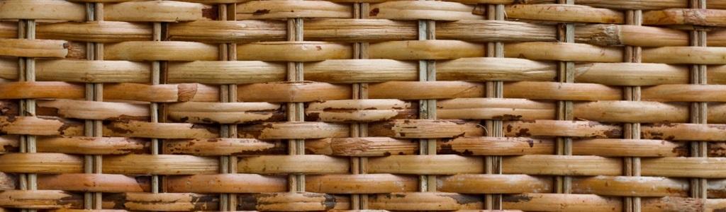 L'osier vieilli - fibre abimée - malle osier