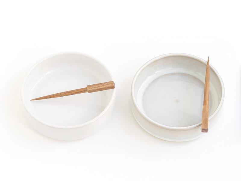 Les contenants cylindrique en terre cuite - Adonde